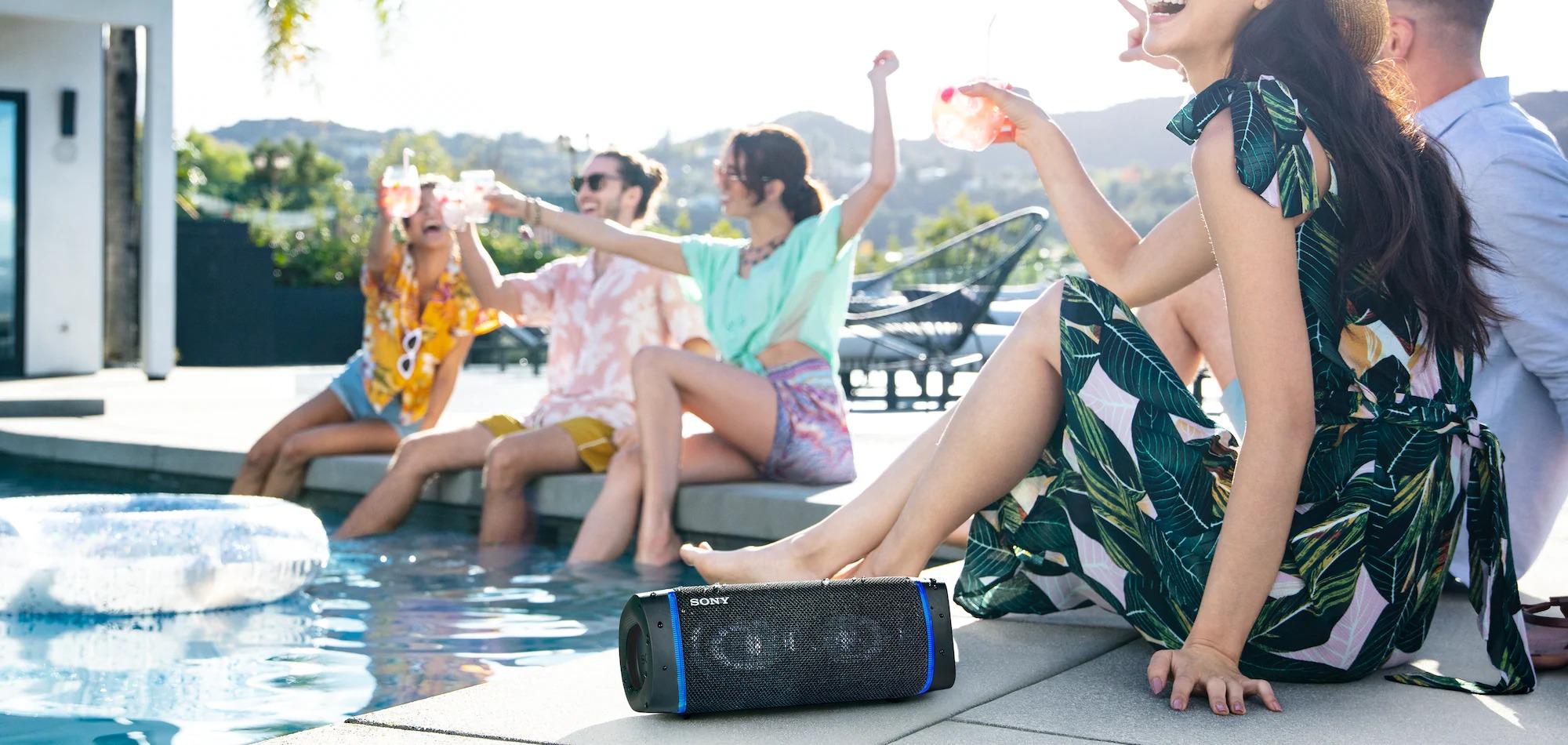 Loa di động Sony SRS-XB33 với EXTRA BASS