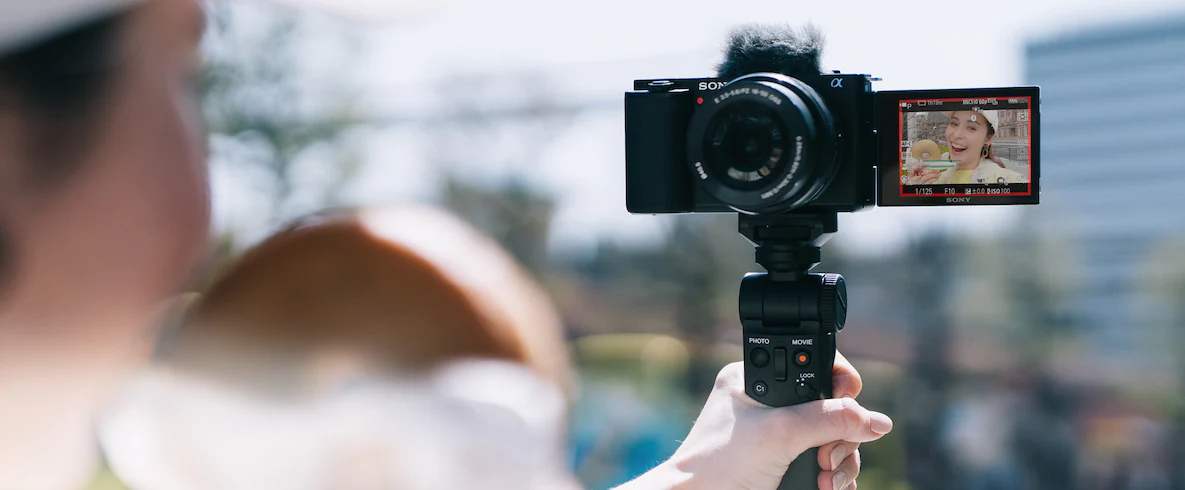 Máy ảnh Sony ZV-E10